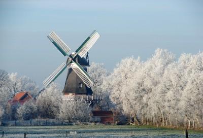 Mühle im Frost, von Hans Kutsch